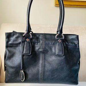 ⚡️ SALE⚡️💯 Authentic TOD's Handbag